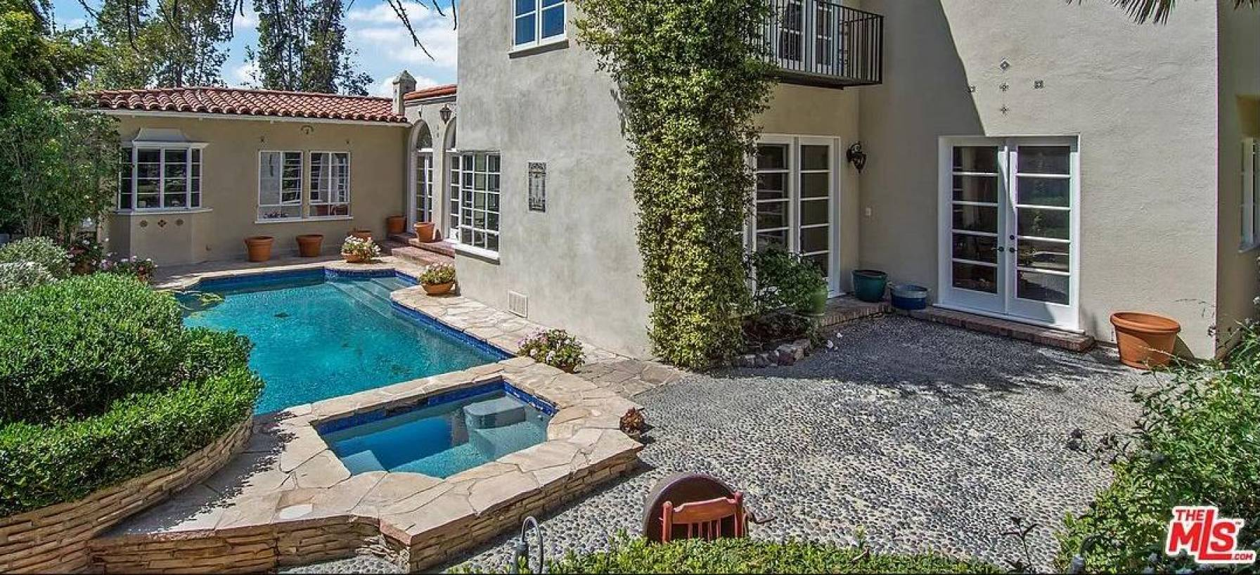 Harvey Levin's Former Home in Los Angeles until August 2015