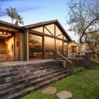 Jonathan Nolan home in Los Angeles, CA