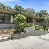 Topher Grace home in Los Angeles, CA