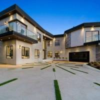 Russell Peters home in Los Angeles, CA