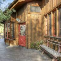 Mamie Gummer home in Los Angeles, CA