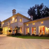 Lilly Ghalichi home in Los Angeles, CA