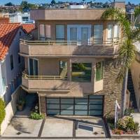 Sasha Vujacic home in Manhattan Beach, CA