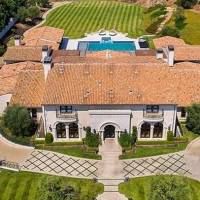 Tamar Braxton home in Calabasas, CA
