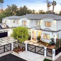 Frankie Valli home in Los Angeles, CA
