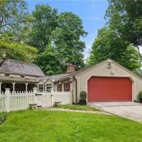 Glenn Close home in Bedford Hills, NY