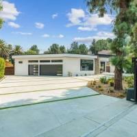 Craig Robinson home in Los Angeles, CA