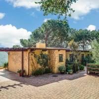 Brie Larson home in Malibu, CA