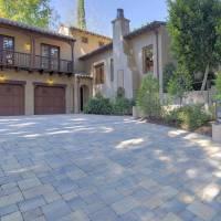 Barry Bonds home in Hillsborough, CA