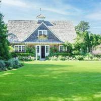 Candice Bergen home in Sag Harbor, NY