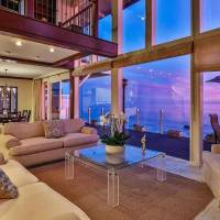 Barry Williams home in Malibu, CA