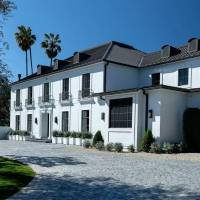 Persia Vlessing Dime home in Beverly Hills, CA