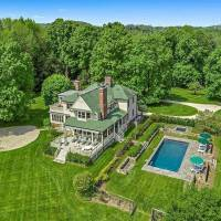 Glenn Close home in Bedford Hills, NY