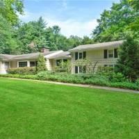 Jessica Walter home in Pound Ridge, NY