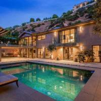 Rob Lowe home in Beverly Hills, CA