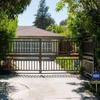 Kamala Harris home in Los Angeles, CA