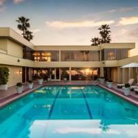 Jenny Craig home in Del Mar, CA