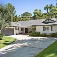 Chrissy Metz home in Los Angeles, CA