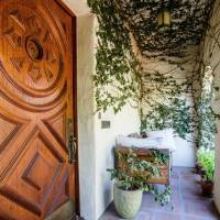 Josh Radnor home in Los Angeles, CA