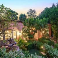 Kunal Nayvar home in Los Angeles, CA