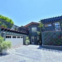 Regina King home in Los Angeles, CA