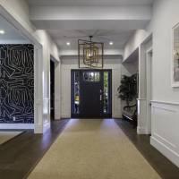 Jamie-Lynn Sigler home in Los Angeles, CA