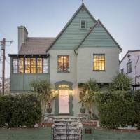 Constance Wu home in Los Angeles, CA