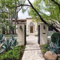 Lisa Henson home in Beverly Hills, CA
