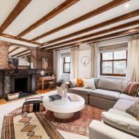 Norah Jones home in Brooklyn, NY