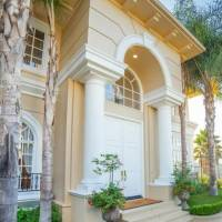 Greg Mathis home in Los Angeles, CA