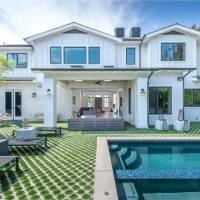 Ariel Winter home in Los Angeles, CA
